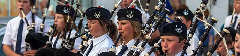 Contacting Ullapool and District Junior pipe Band